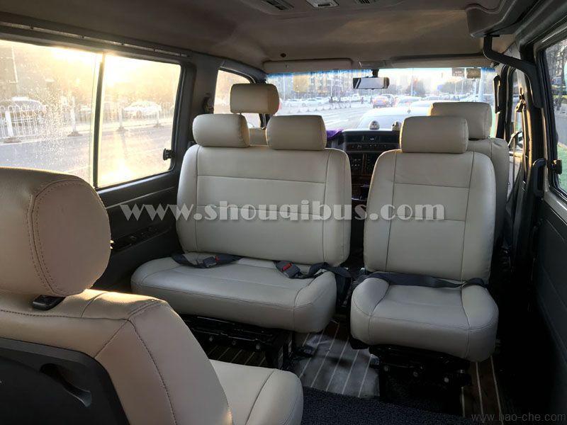 北京包15座小巴-15座奔驰MB100 市内多少钱一天