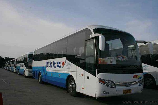 北京55座宇通大巴车单送大兴机场多少钱?