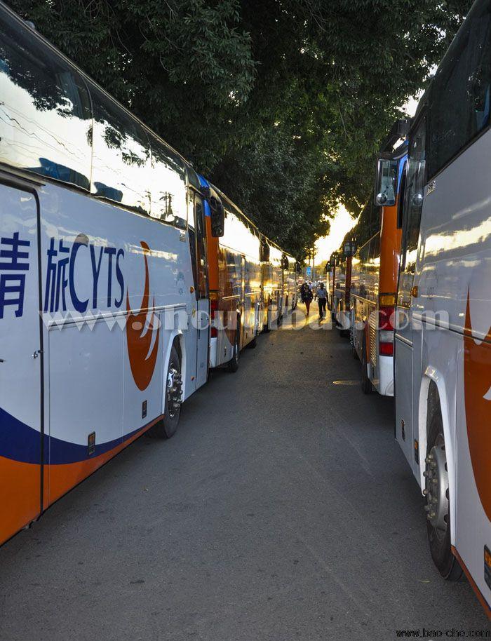 北京正规营运旅游大巴33-38座接机多少钱?
