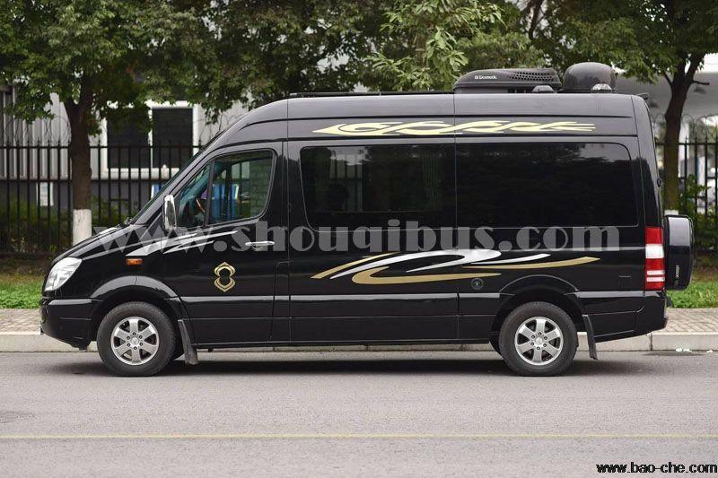 北京14座奔驰商务凌特中巴车租赁价格