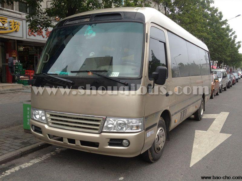 北京首汽17座仿考斯特(小龙)小巴车租车价格