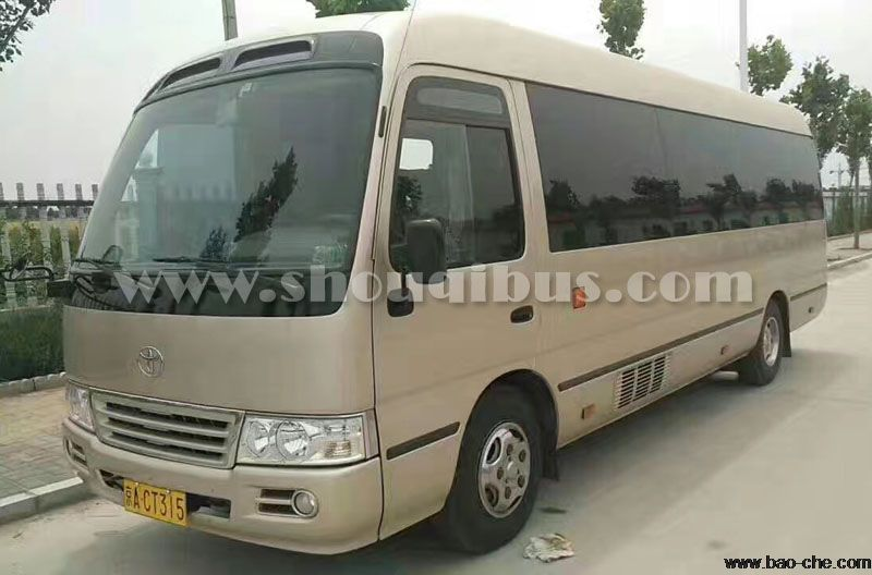 北京租19-22座中巴车多少钱一天?带司机租中巴出租价格