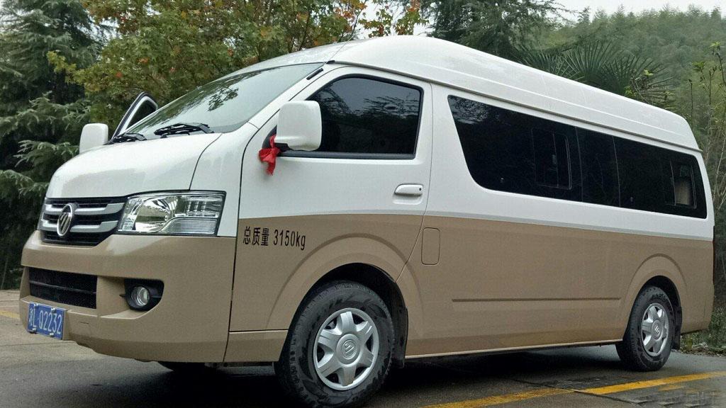 怎么选择正规的有手续的北京旅游包车公司?