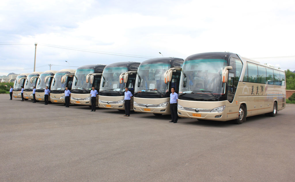 北京团建包车应该如何包车?