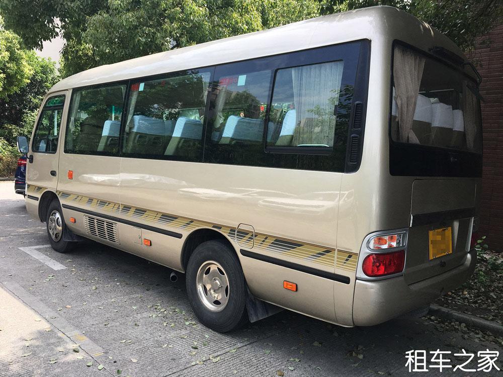 北京考斯特中巴8小时100公里950元
